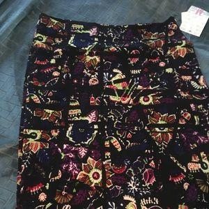 Bnwt lularoe Cassie skirt black floral medium